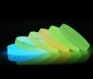 Werbeartikel-fun-fluoreszierende-Silikonarmbaender